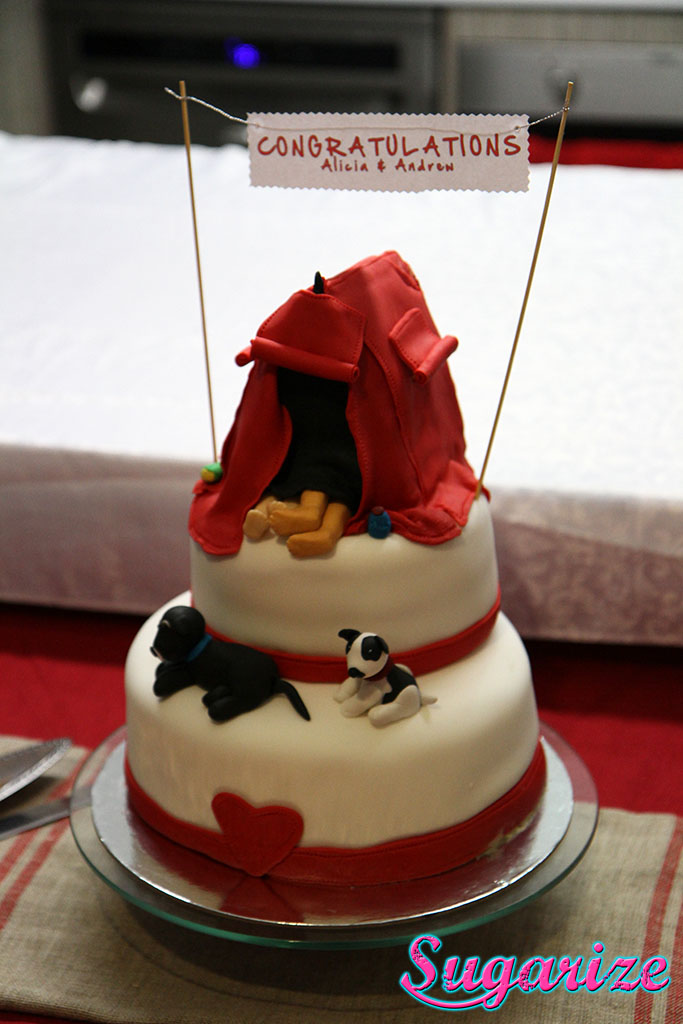 Engagement tent cake sugarize