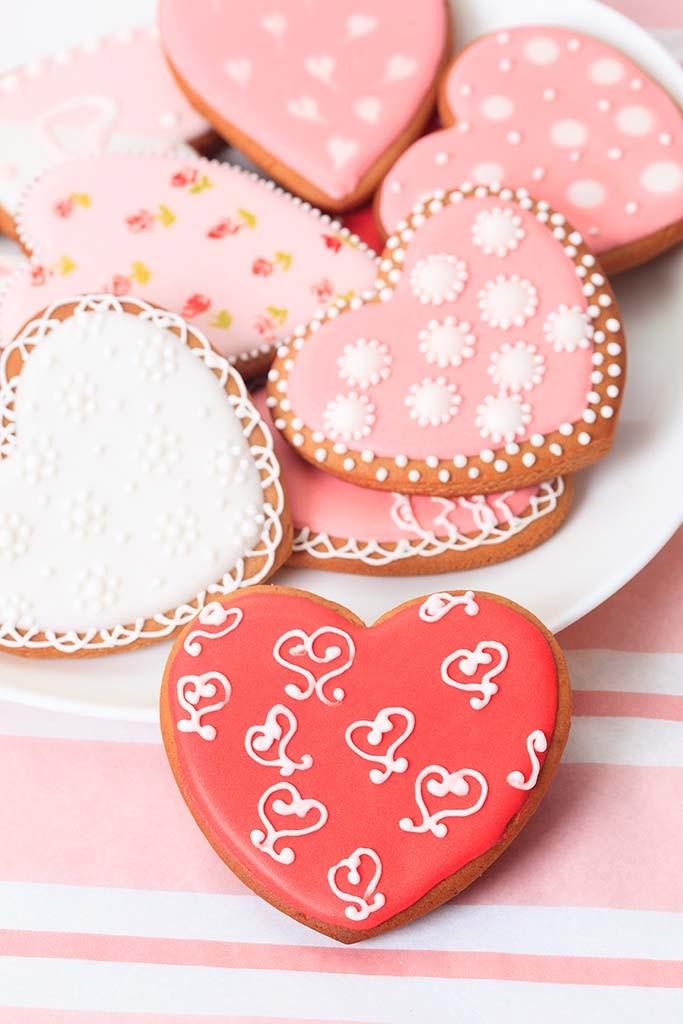 heart cookies on pink